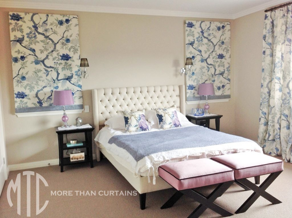 Blue & white chinoiserie patterned Roman Blinds