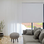 S-fold white sheer curtain with white blockout roller blind