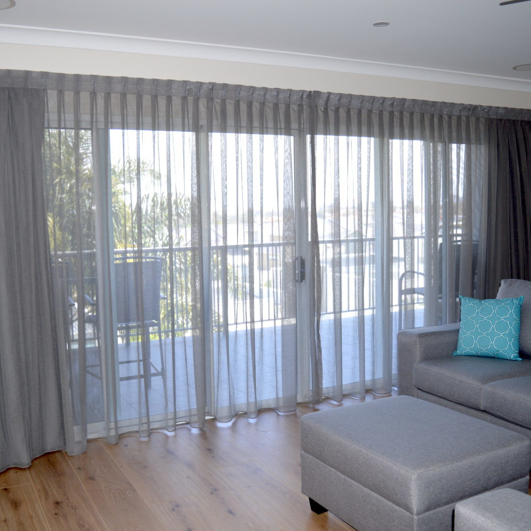 Scheer curtains with grey lining - South Coogee